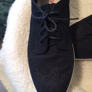 Ellen Degeneres Averie flex oxfords NWT